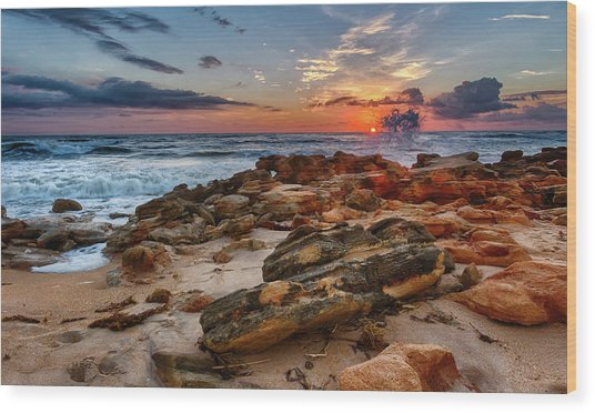 Rocky Sunrise Wood Print