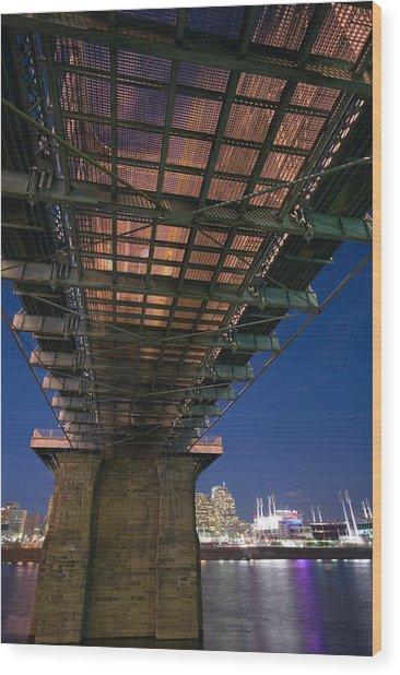 Roebeling Bridge At Night Wood Print