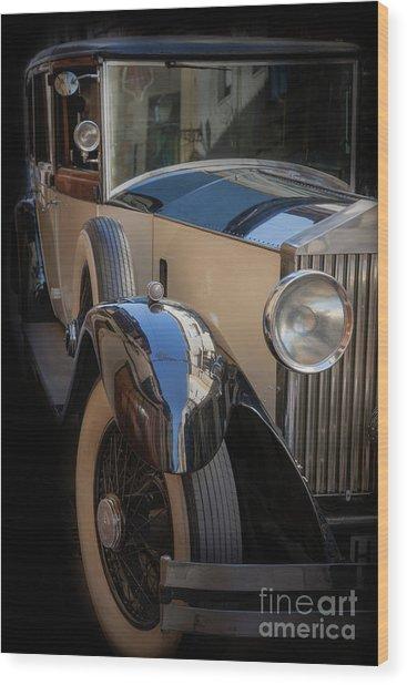 Rolls-royce Close-up Wood Print