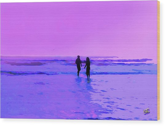 Romance On The Beach Wood Print