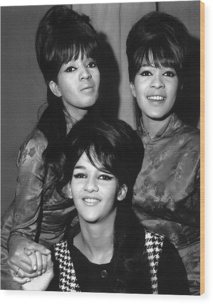 Ronettes Wood Print by Chris Walter