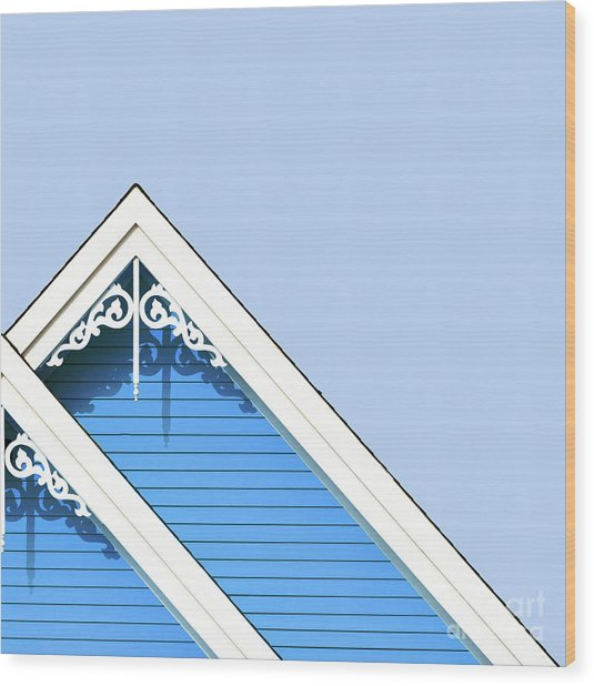 Rooftop Detail With Decorative Fretwork Wood Print