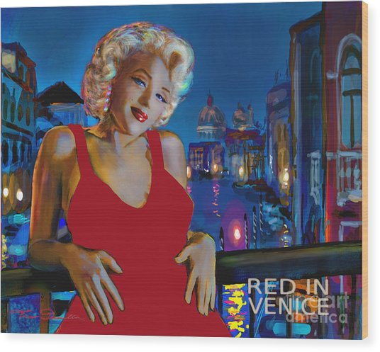 Rot In Venedig / Red In Venice Wood Print