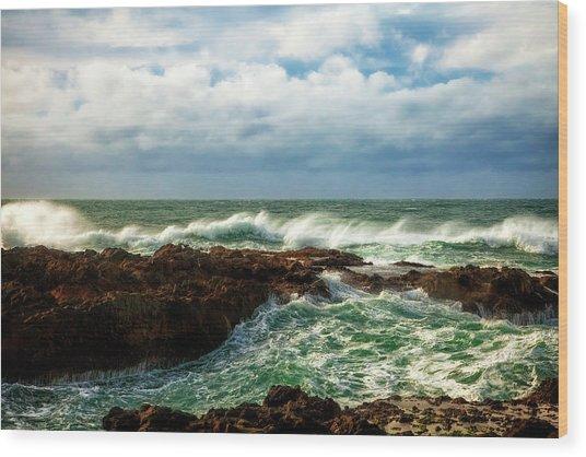 Rough Seas Wood Print by Andrew Soundarajan