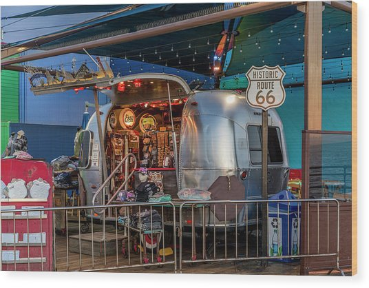 Route 66 And Airstream On Tha Pier Wood Print