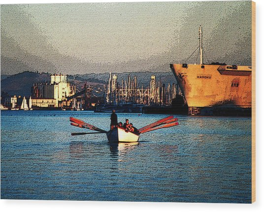 Rowing On The Estuary Wood Print