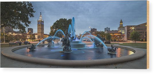 Royal Blue Fountain Wood Print