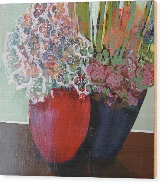 Ruby Wood Print by Leslie Bernsen