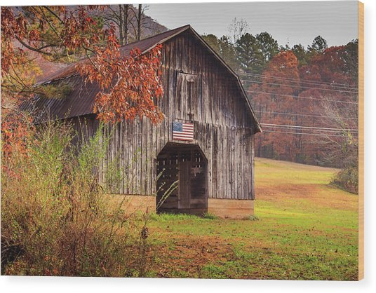 Rustic Barn In Autumn Wood Print