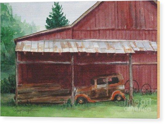 Rusty Ole Car Wood Print by Suzanne Krueger
