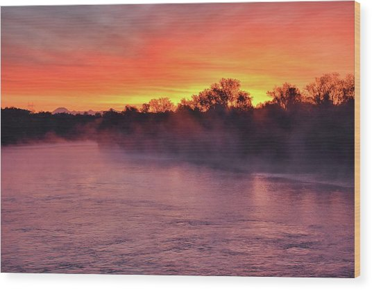 Sacramento River Sunrise Wood Print