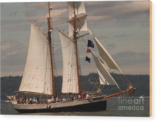 Sailing Away Wood Print by Robert Torkomian