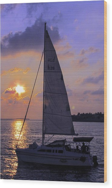 Sailing Home Sunset In Key West Wood Print
