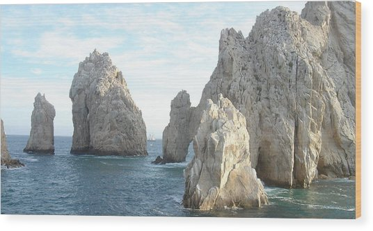 Sailing In Los Cabos Wood Print by John Julio
