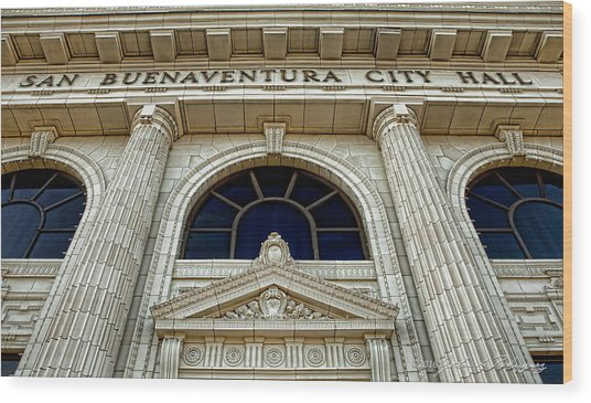 San Buenaventura City Hall Wood Print