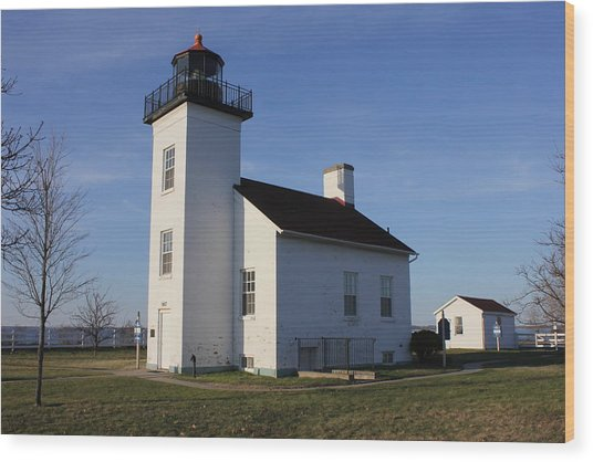 Sand Point Lighthouse In Escanaba Wood Print
