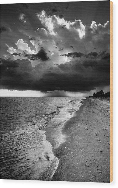 Sanibel Island Rain In Black And White Wood Print