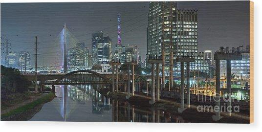 Sao Paulo Bridges - 3 Generations Together Wood Print