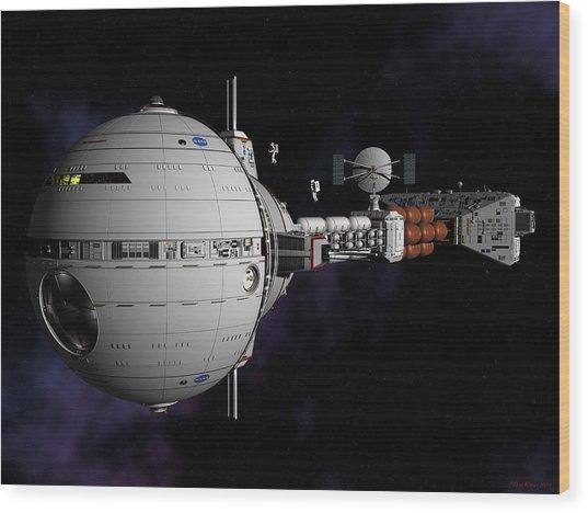 Saturn Spaceship Uss Cumberland Wood Print