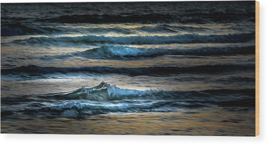 Sea Waves After Sunset Wood Print