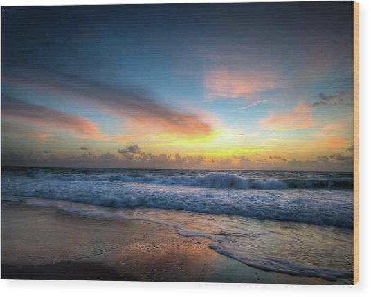 Seascape Sunrise Wood Print