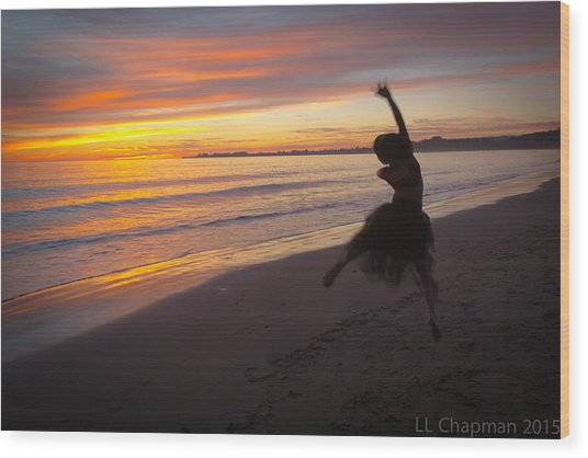 Seaside Dancer Wood Print
