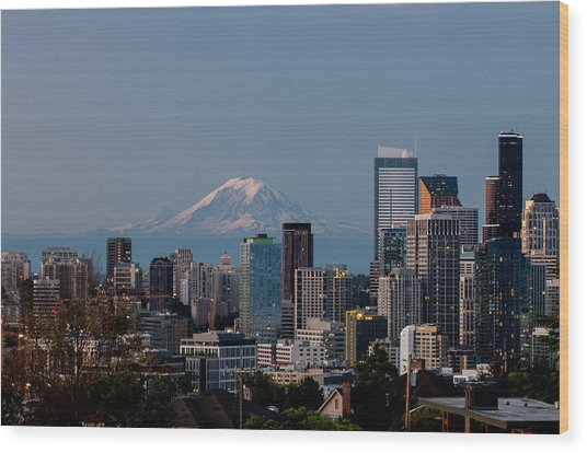 Seattle-mt. Rainier In The Morning Light .1 Wood Print