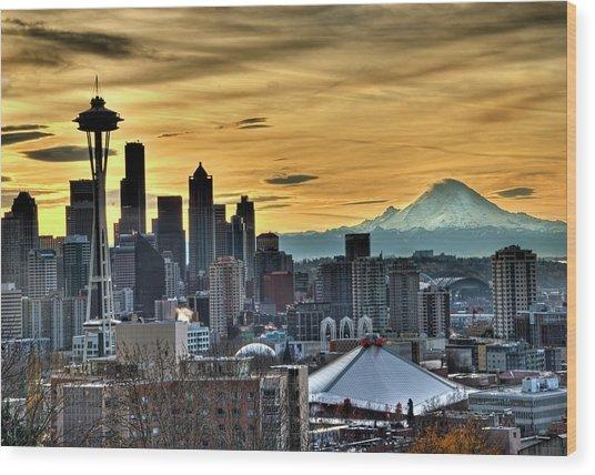 Seattle Skyline - Mt Rainier Wood Print