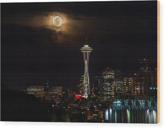 Seattle Space Needle Full Moon Rising Wood Print
