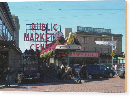 Seattle's Pike Place Market Center  Wood Print by Candace Garcia