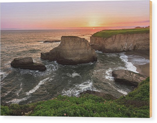 Shark Fin Cove Sunset Wood Print