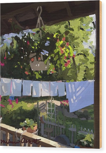 Sheets And Pillow Cases On The Line With Lantana Flowers Wood Print