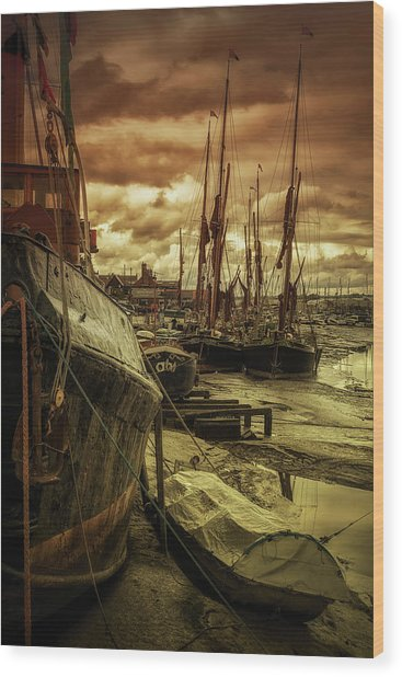 Ships From Essex Maldon Estuary Wood Print
