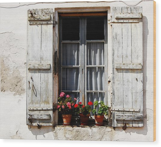 Shutters And Geraniums Wood Print