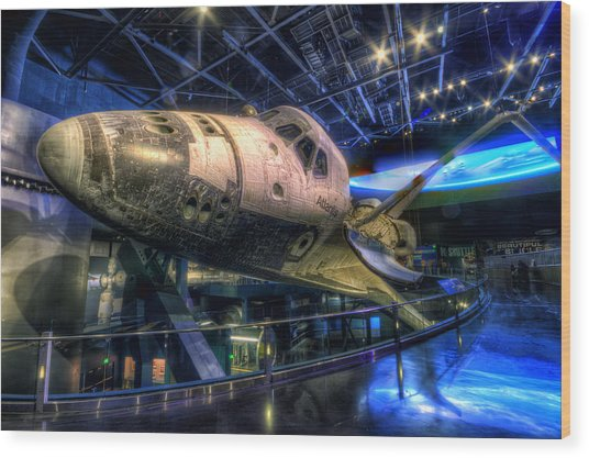 Shuttle Atlantis Wood Print