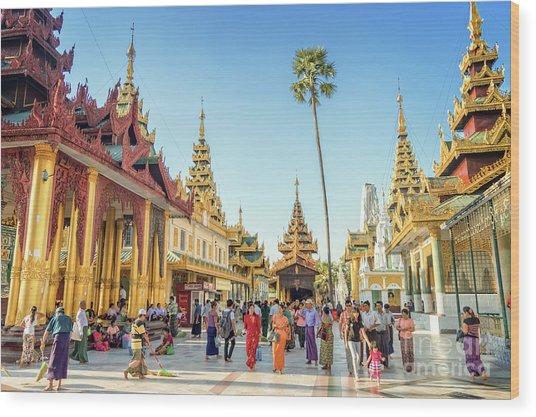 Shwedagon Pagoda Wood Print by Louise Poggianti