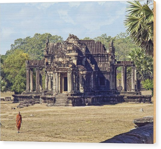 Siem Reap With Monk Wood Print
