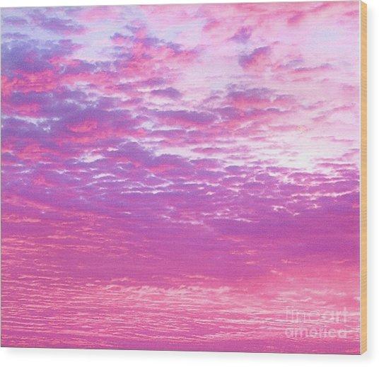 Sky 7 Wood Print by Rod Ismay