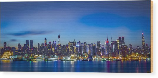 Skyline Nyc Before Sunrise Wood Print