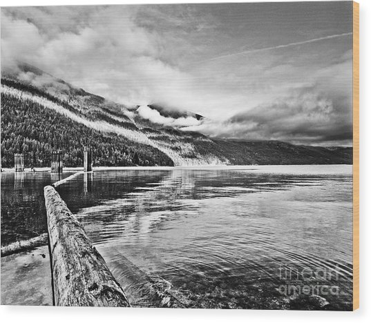 Slocan Lake Bc Wood Print by Emilio Lovisa