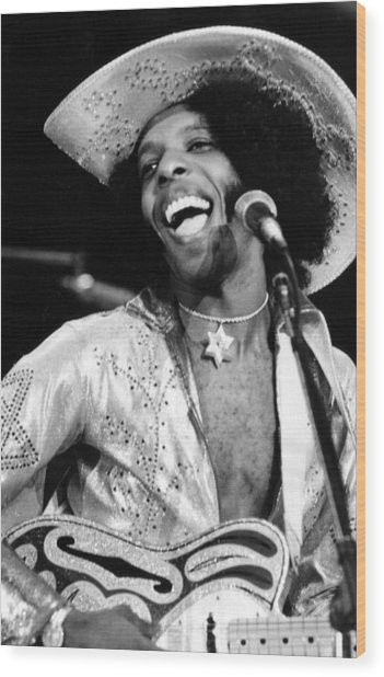 Sly Of Sly And The Family Stone, 1974 Wood Print