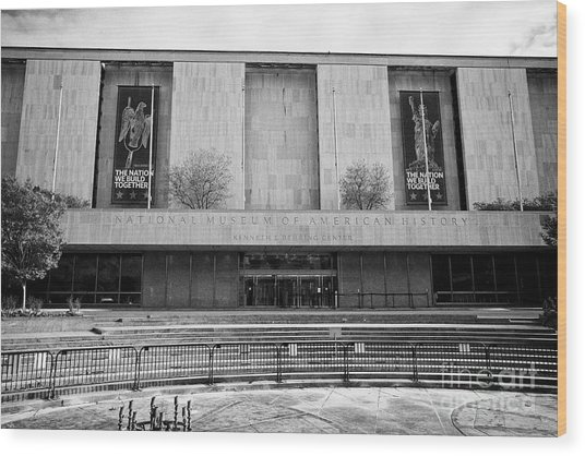 smithsonian national museum of american history kenneth behring center Washington DC USA Wood Print