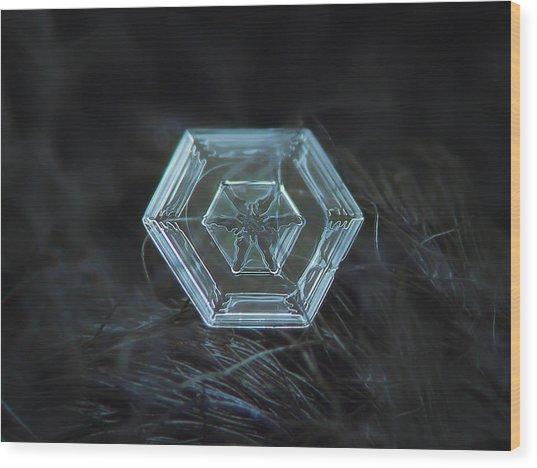 Snowflake Photo - Radiant Green Wood Print