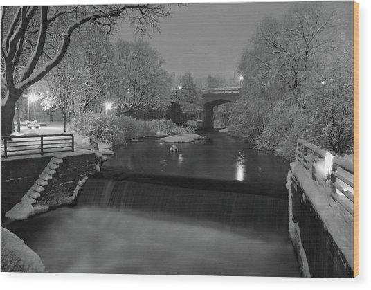 Snowy Bear River Wood Print