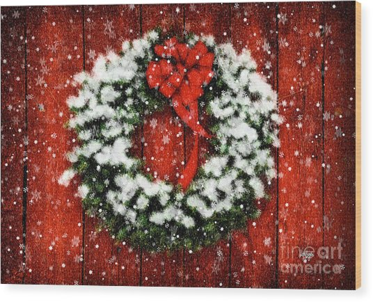 Wood Print featuring the photograph Snowy Christmas Wreath by Lois Bryan