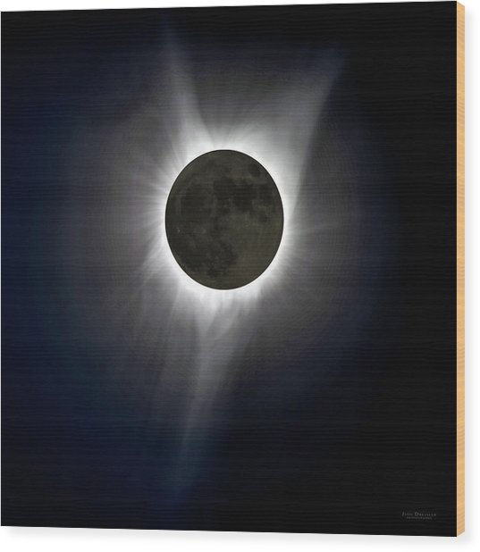 Solar Eclipse Corona Wood Print