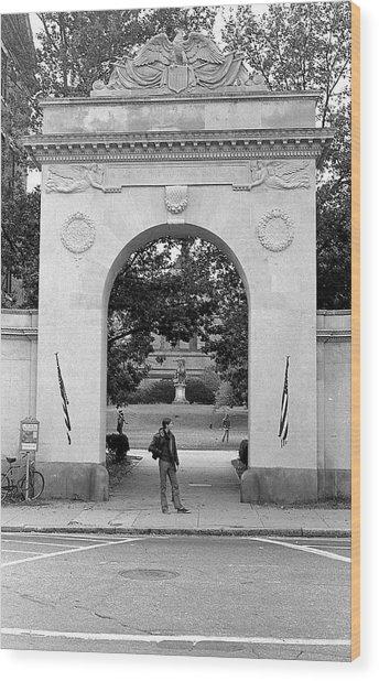 Soldiers Memorial Gate, Brown University, 1972 Wood Print