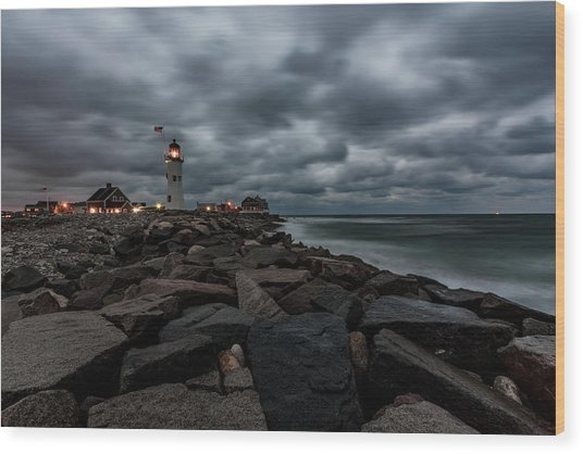 Stormy Clouds Over Old Scituate Lighthouse In The Early Morning Wood Print