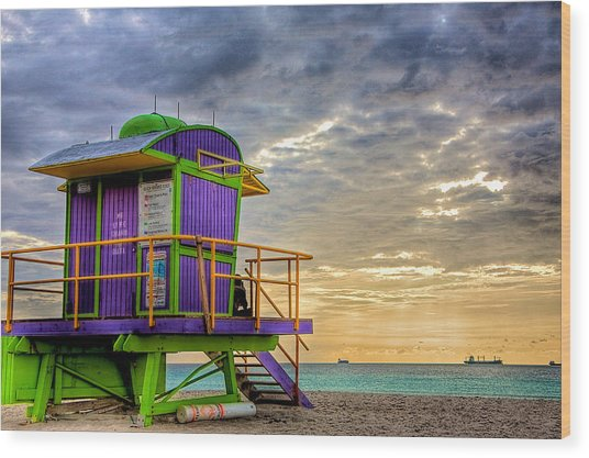 South Beach Dawn Wood Print