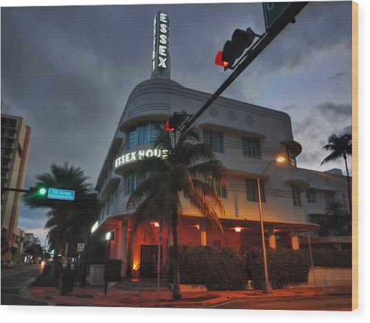 South Beach - Essex House 001 Wood Print by Lance Vaughn